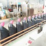 Automaatne korrosioonivastane tualetipuhastusvahendi vedelikuga täiteseade